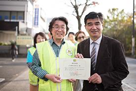 代表の齋藤さん(左)